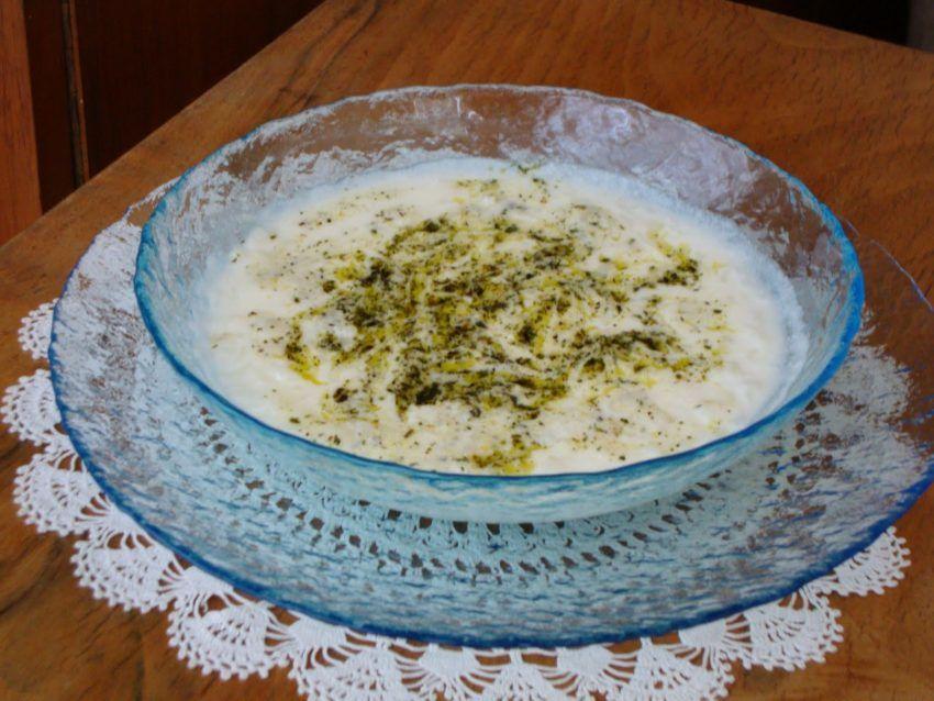 Yayla Çorbası Tarifi | İyi Yemek Tarifleri